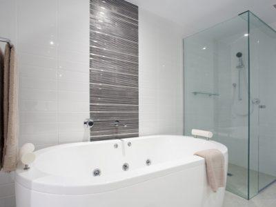 Glassdør til dusj